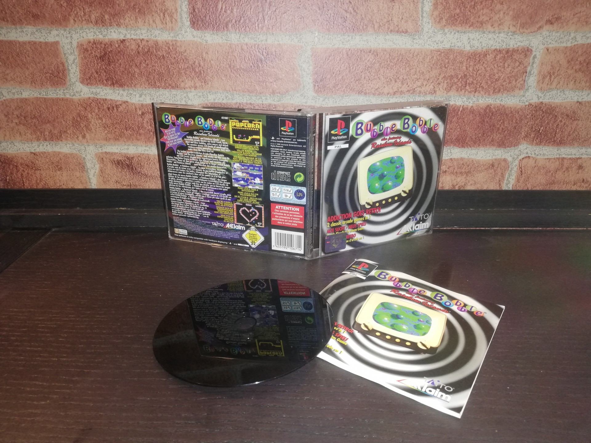 Bubble Bobble also Featuring Rainbow Islands [Completo] - PS1