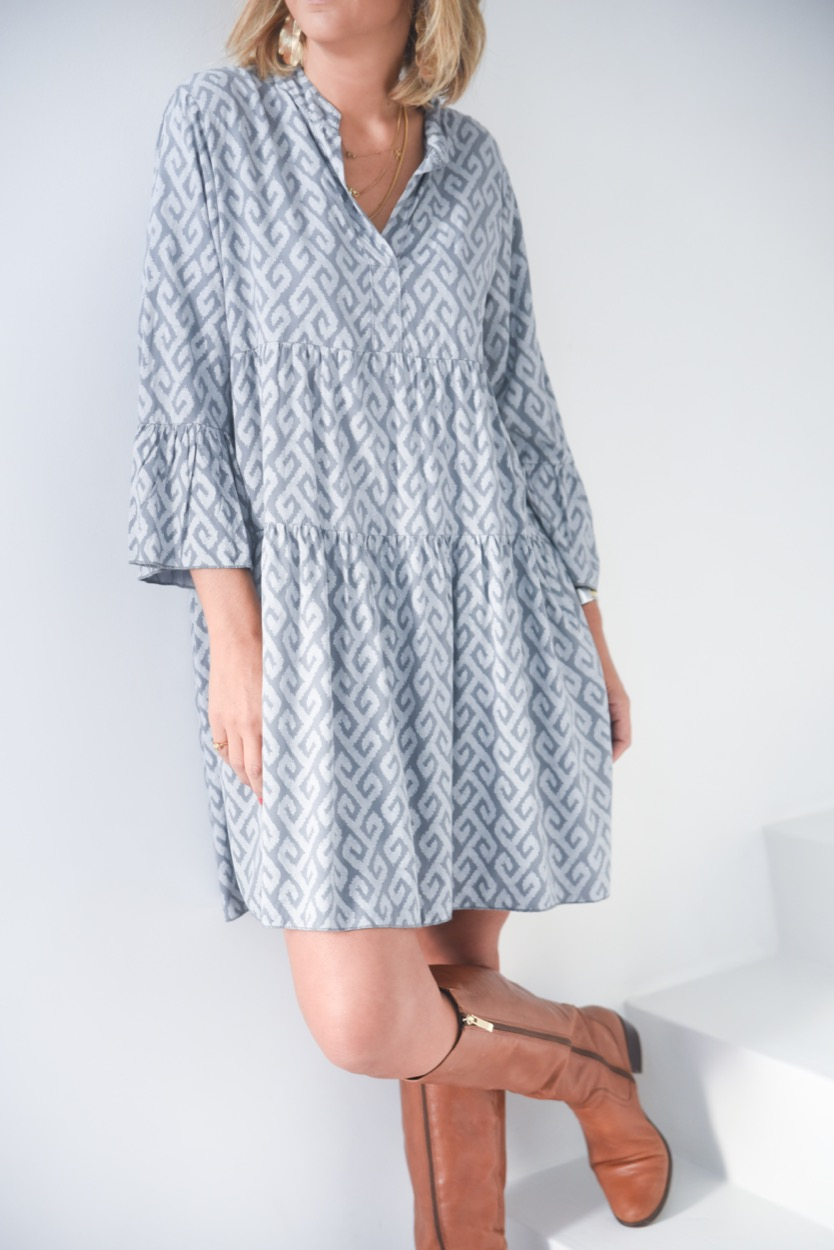 vestido cinza estamp branco