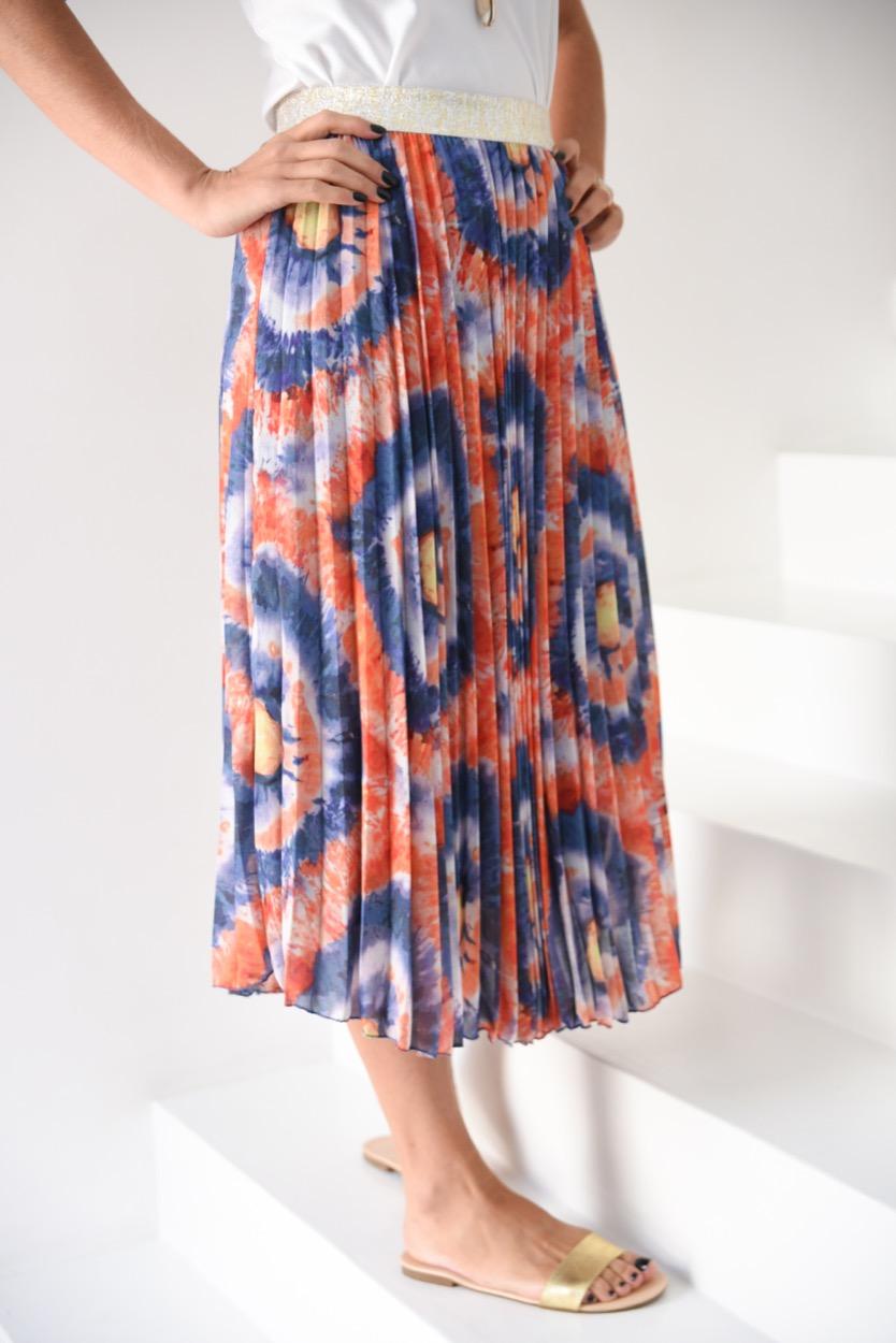 saia plissada laranja/ azul