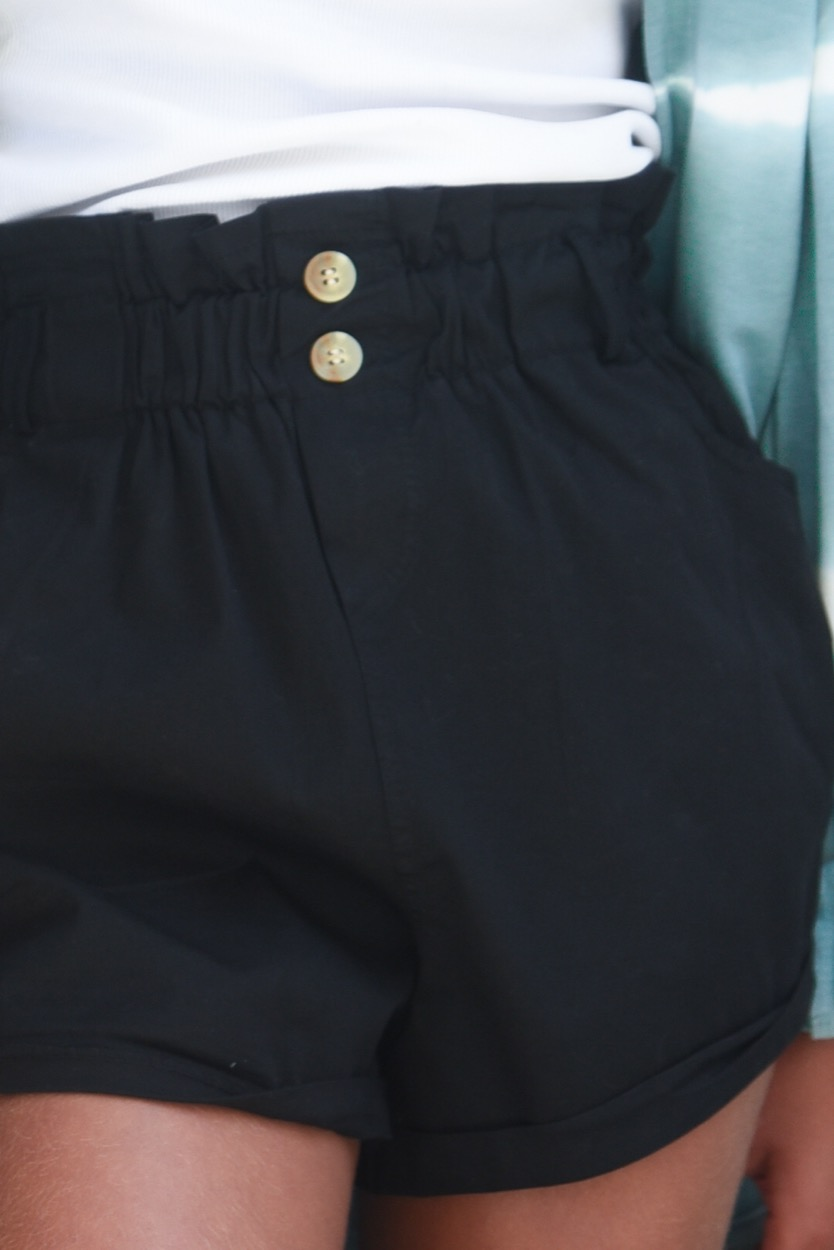 calções pretos