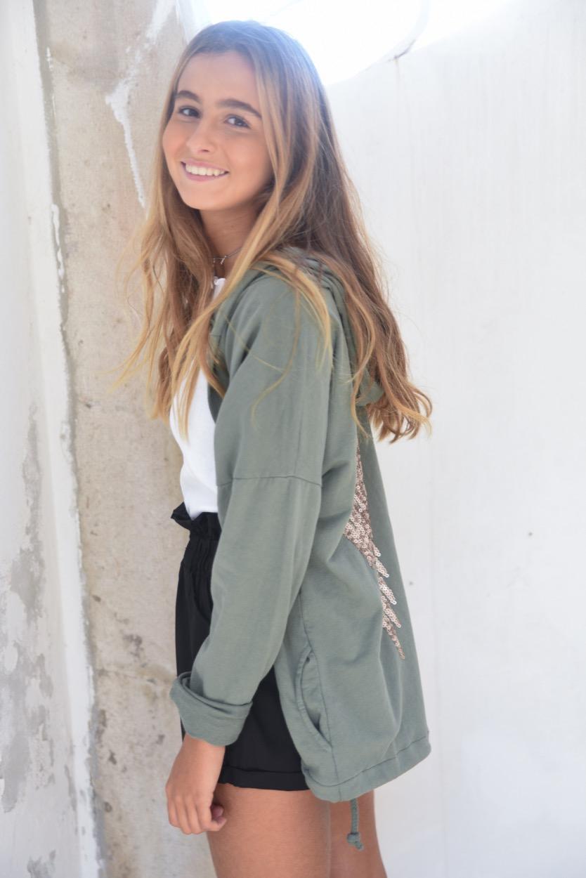 casaco verde asas