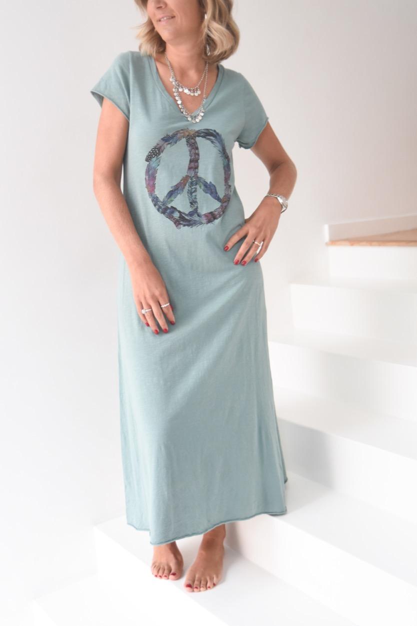 vestido simbolo paz penas