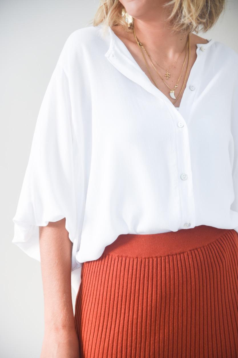 camisa branca elastico manga
