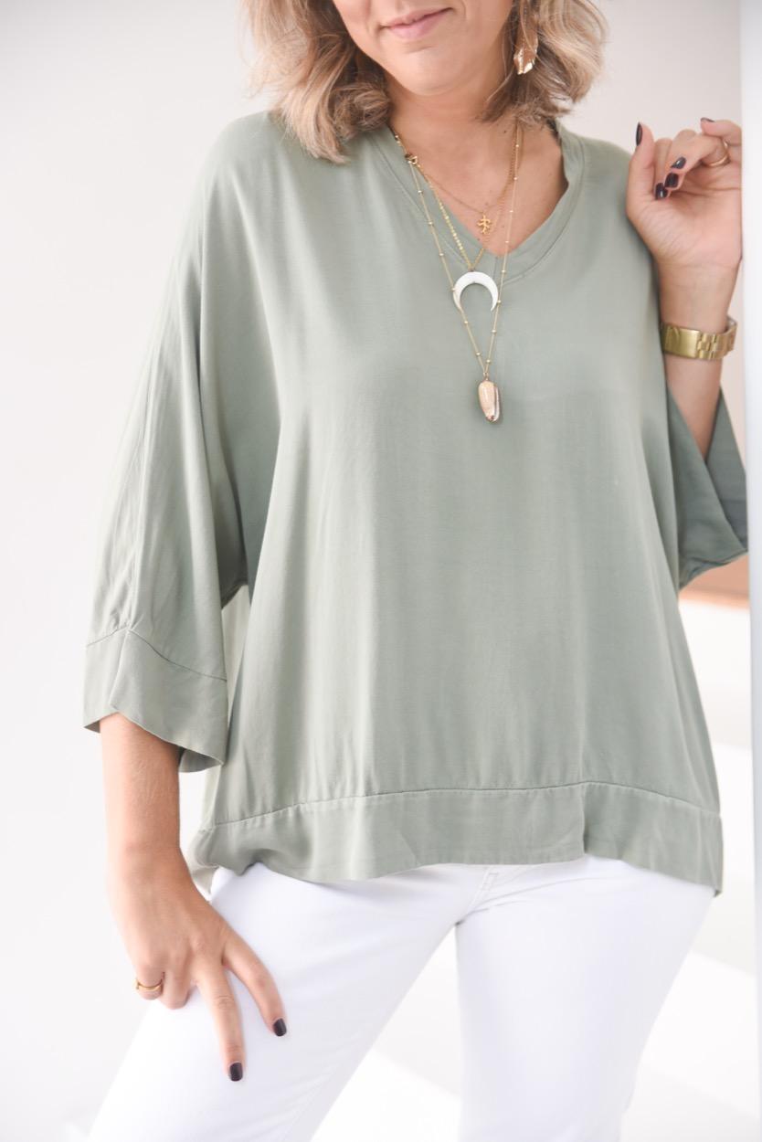 blusa verde seco lisa