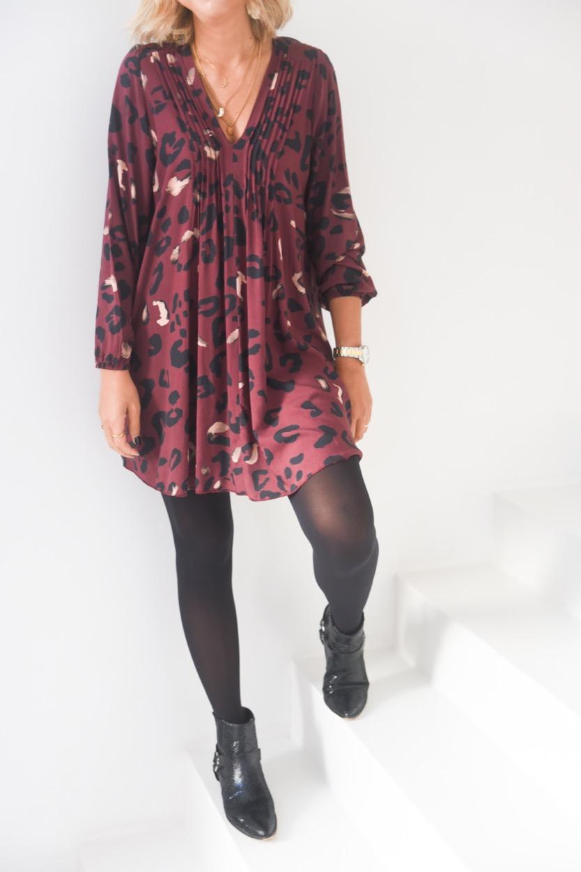 vestido estampado leo