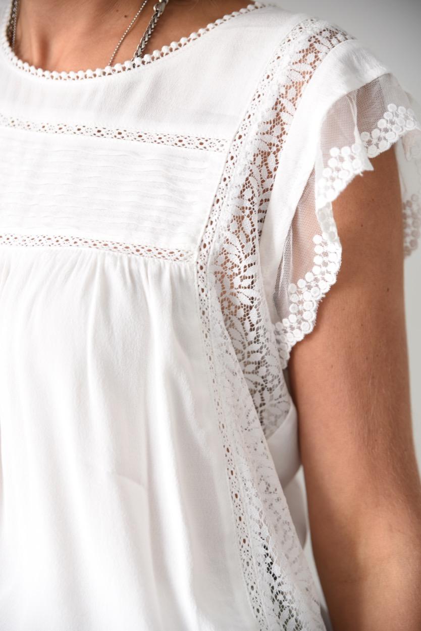 blusa branca renda