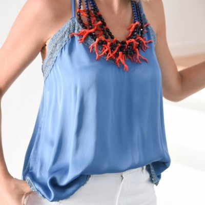 top azul decote crochet