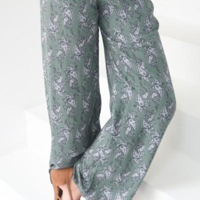 calças verdes cornucopias