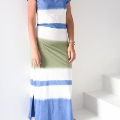 vestido tie die azul verde