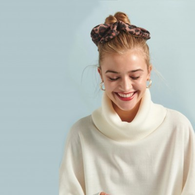 ELIN SWEATER (IVORY) - KARAVAN CLOTHING