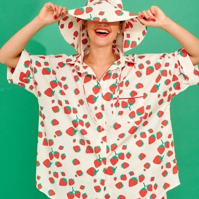 LOLA SHIRT (STRAWBERRIES) - KARAVAN CLOTHING