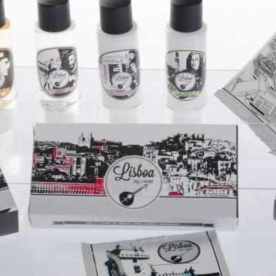 Caixa - 4 frascos + touca + esponja sapatos + sabonete + kit higiene + toalhete (uni)