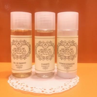 Kit Plus (gel de banho, champô e amaciador/condicionador) - Gama Aroma de Portugal (3 unidades)