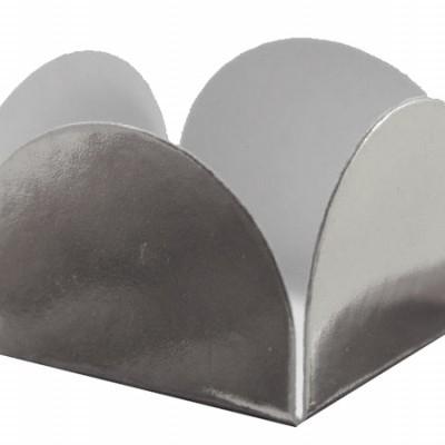 Forma brigadeiro metalizado prata 24 unidades