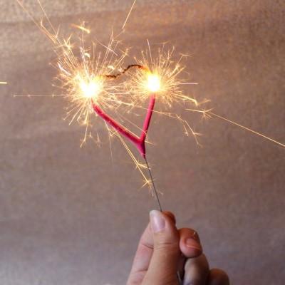 vela sparkler coracao
