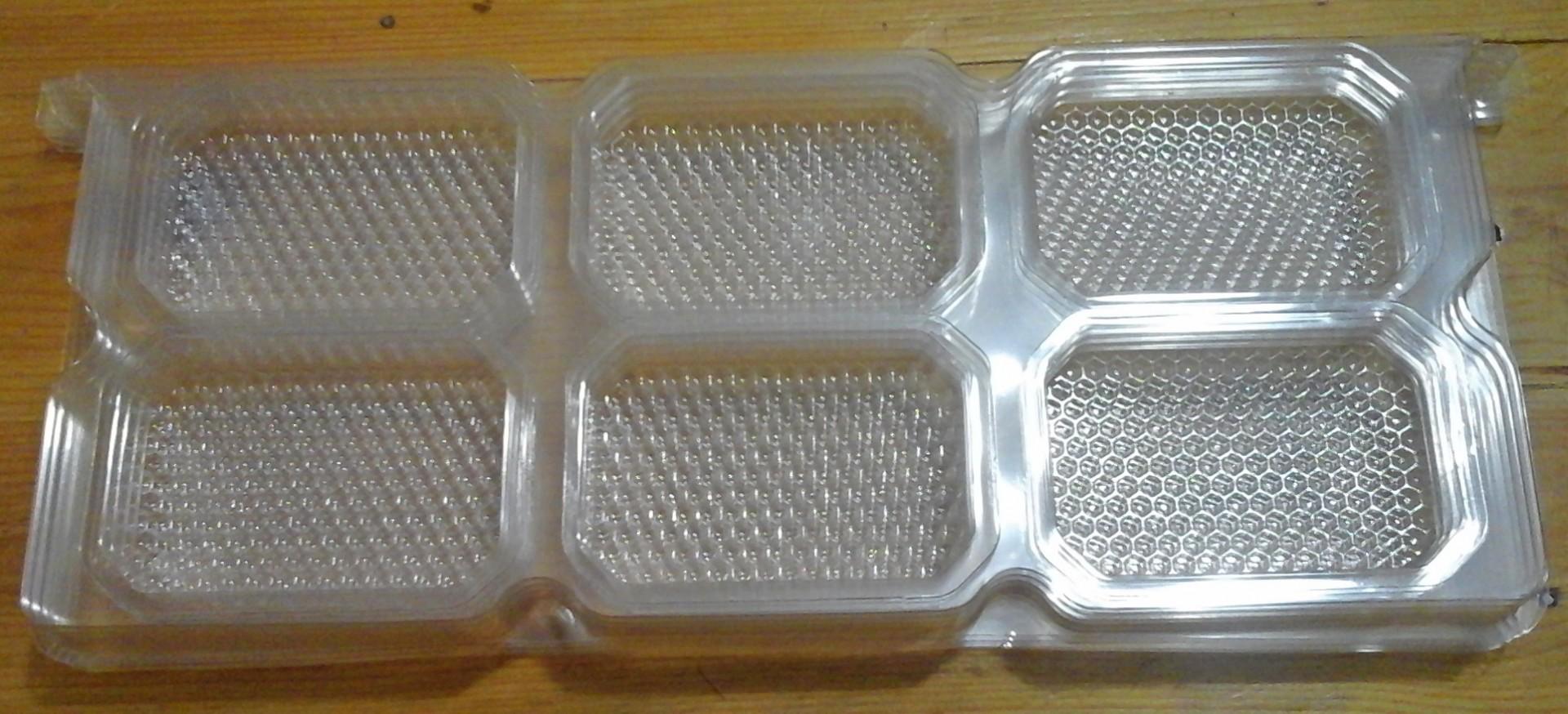 Quadro Plástico com 12 Secções de Favo Mel