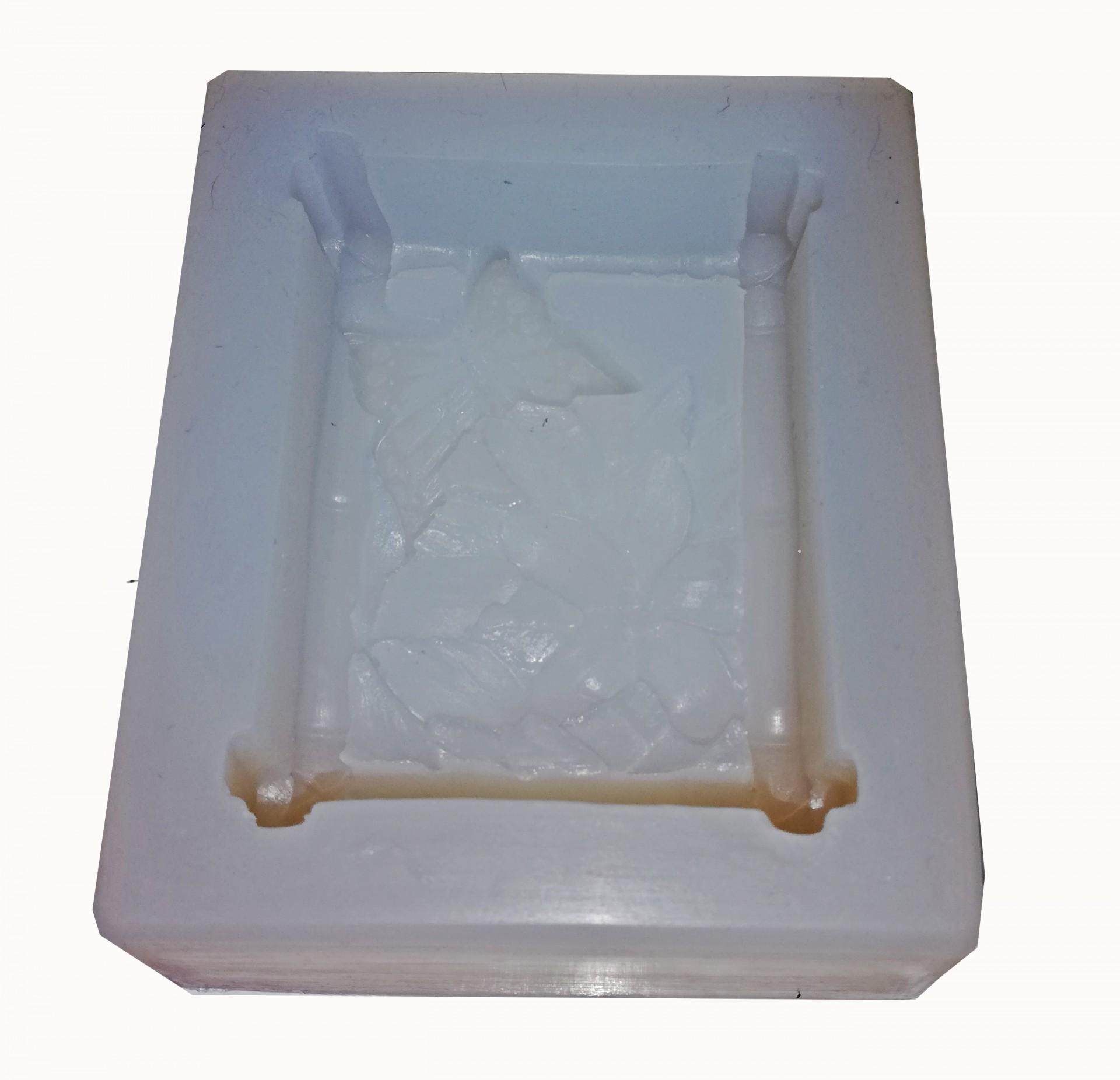Molde Silicone modelo com Canteiro e Borboleta (para velas ou sabonetes)