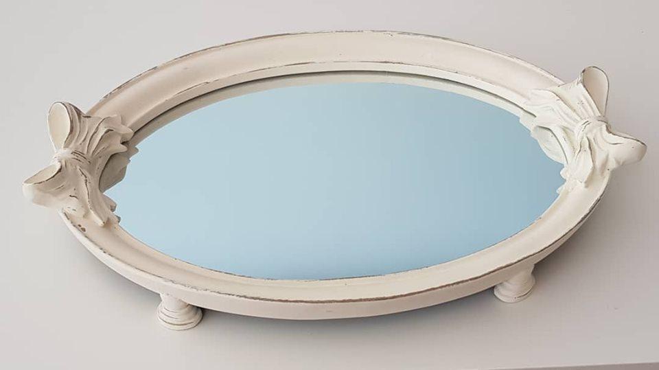 Bandeja Oval Branca Com Espelho