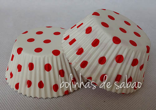 Cupcakes Bolas - Mini Formas Pintas Vermelhas - 25 unidades