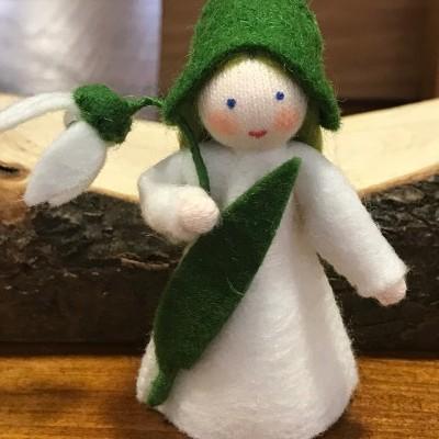 Boneca / Fada Floco de Neve flor na mão - Ambrosius
