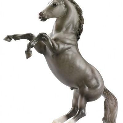 Breyer Dapple Grey Mustang - Classics