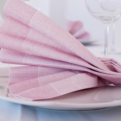 Guardanapo de Tecido: dicas para escolher, limpar e dobrar
