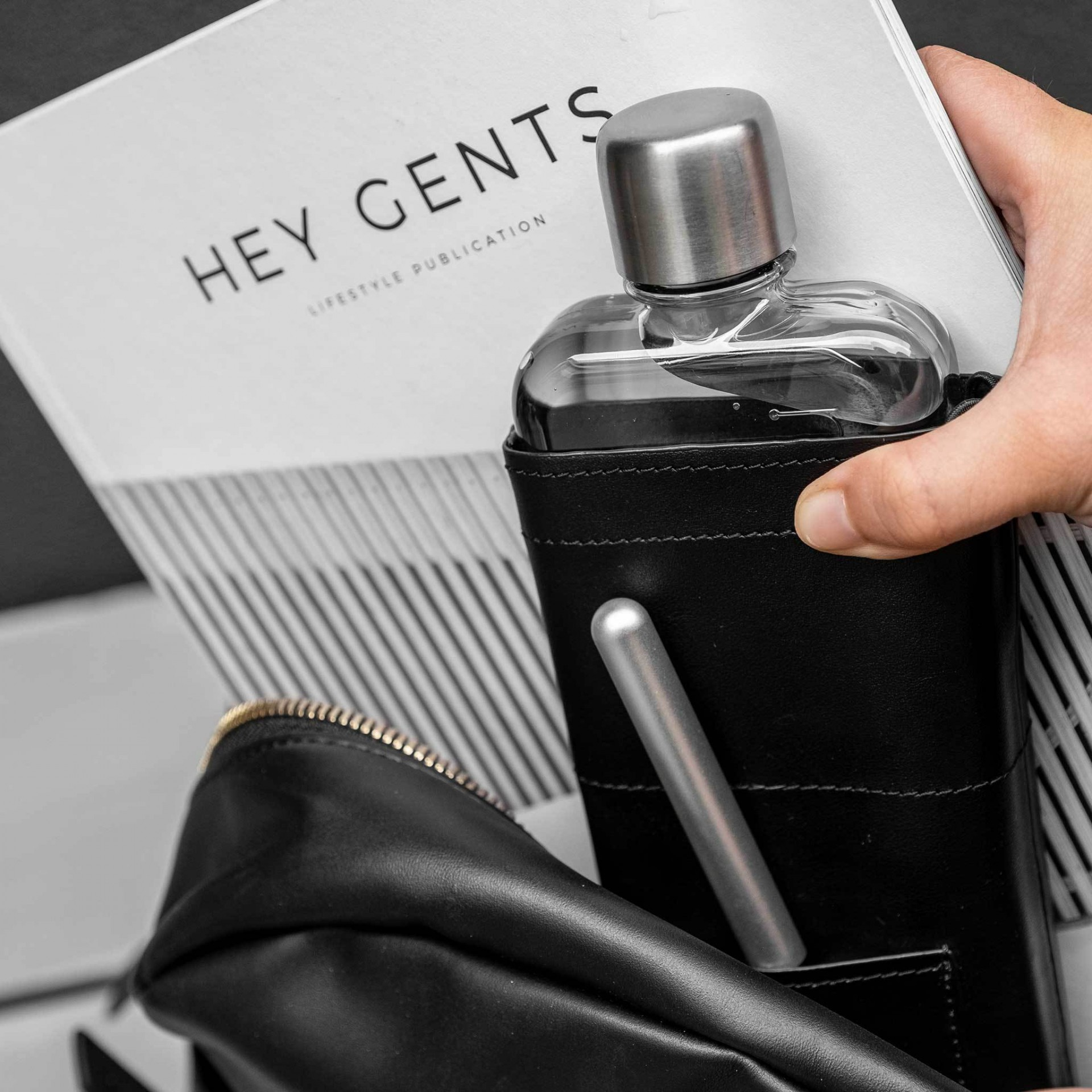 Slim Black Leather Sleeve memobottle