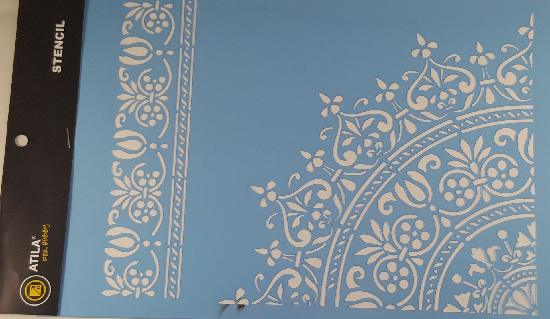 Stencil mandala com bordadura