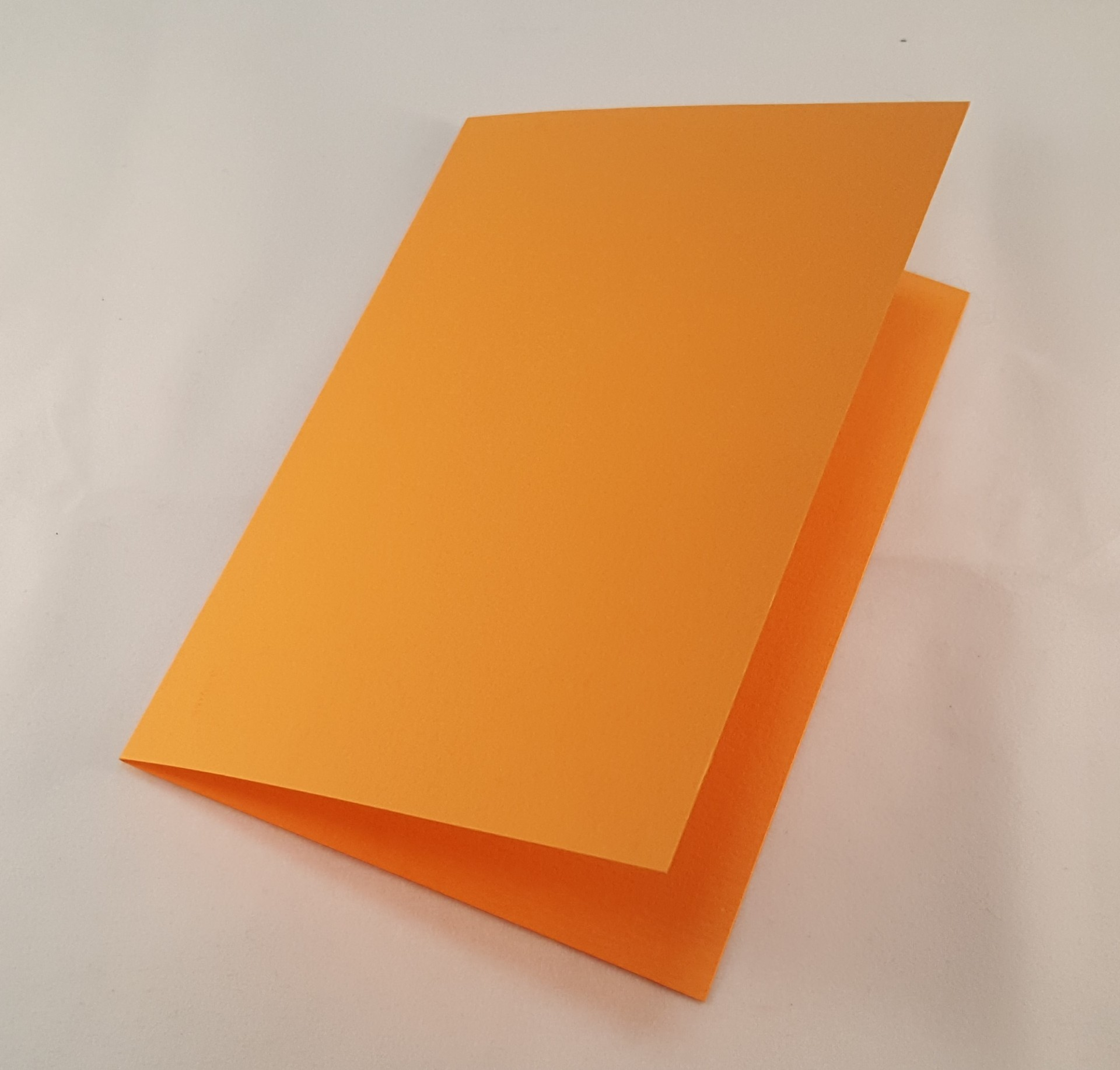 Cartão C6 colorido  cor laranja