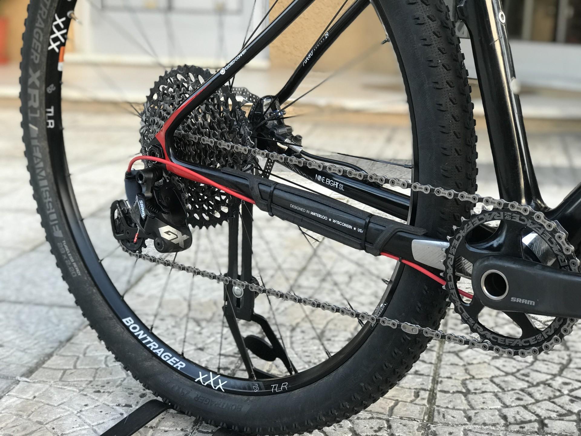 Bicicleta Trek Superfly 9.8 / Carbono / Usada