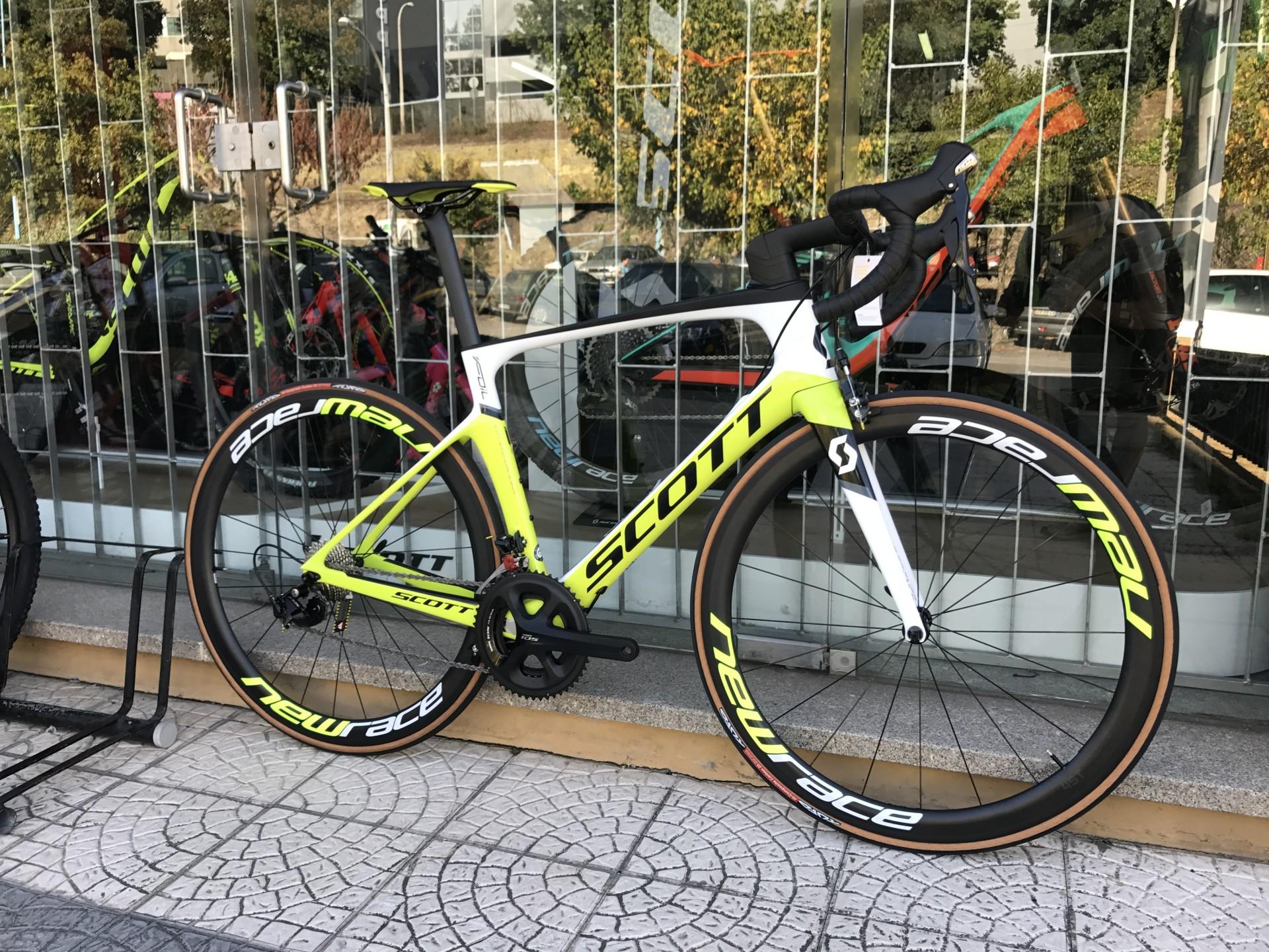 Bicicleta Scott Foil 30 2018 Extra Rodas New Race Danibikes