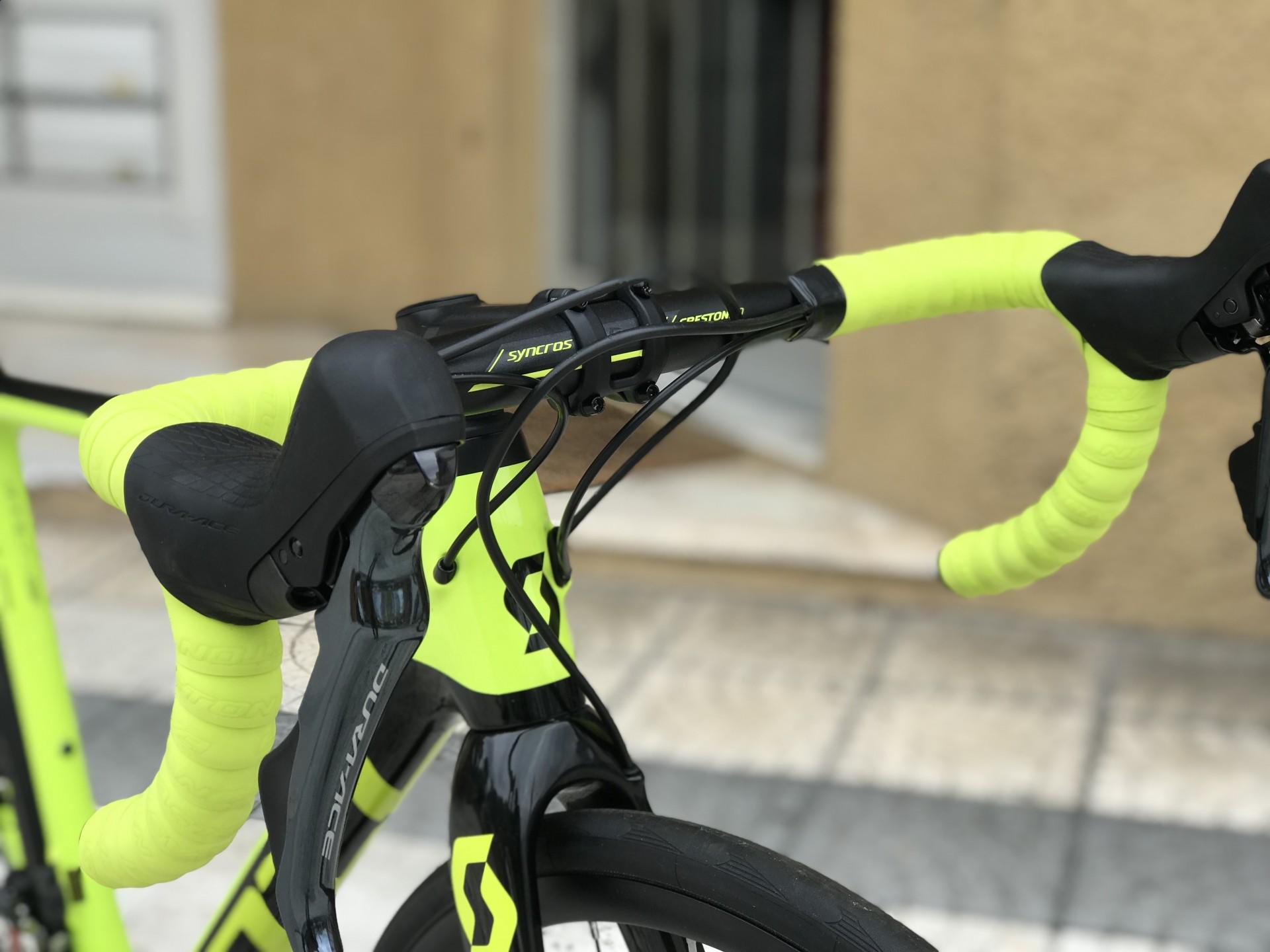 Bicicleta Scott Addict RC 10 Disc - 2019