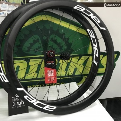 Rodas New Race Carbon Estrada 45mm C4A - Novidade