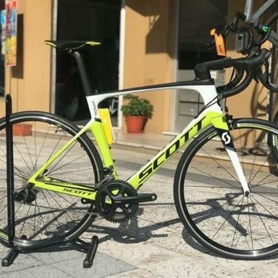Bicicleta Scott Foil 30 - 2018 / Carbono