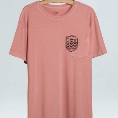 T-Shirt Bolso Brasao Mc Osklen