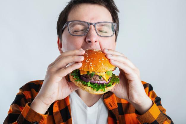 Sempre com vontade de comer este mundo e o outro?