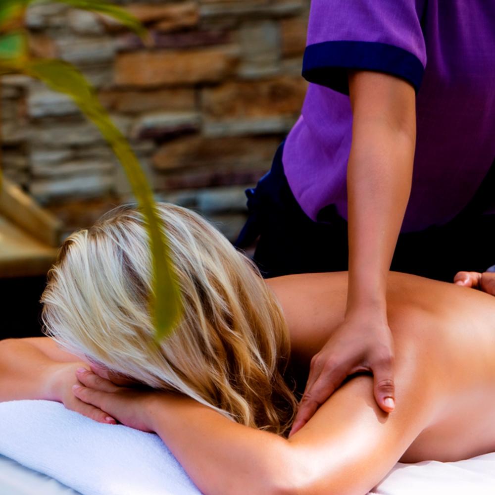 Massagem Localizada - Massagem aos Pés