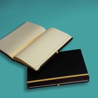 Caderno Preto com Fita Amarela