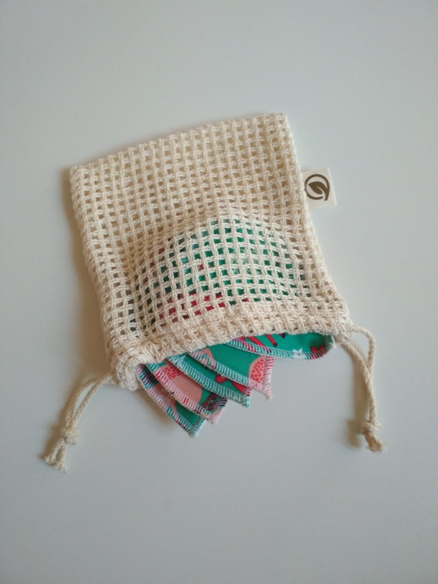 Saco de rede com cordão pequeno