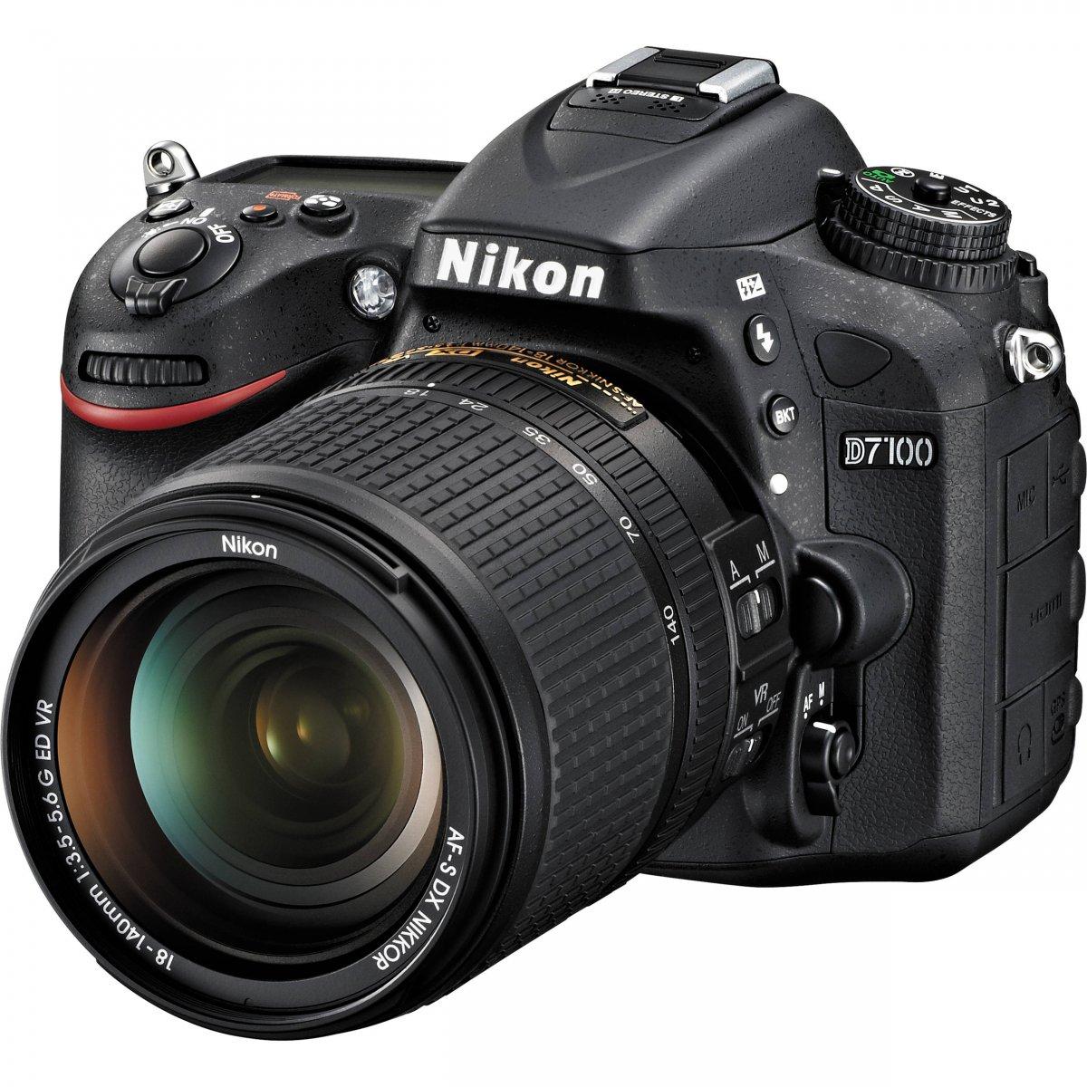 Nikon D7100 + AF-S DX 18-140 G ED VR