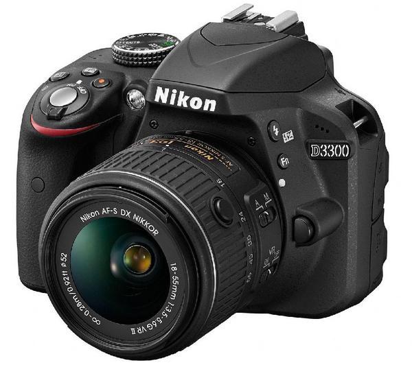 Nikon D3300  + AF-S DX 18-55 G VR
