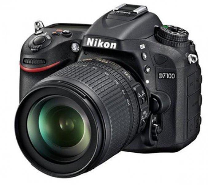NIKON D7100 + objectiva zoom AF-S DX Nikkor 18-105 mm f/3,5-5,6G ED VR