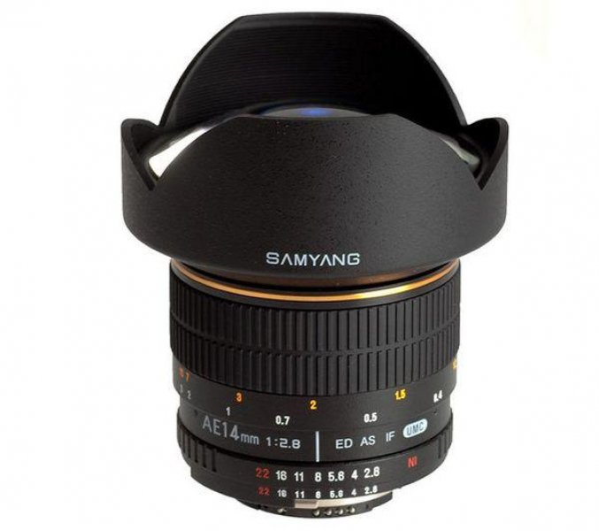 SAMYANG Objectiva AE 14 mm f/2,8 ED IF UMC