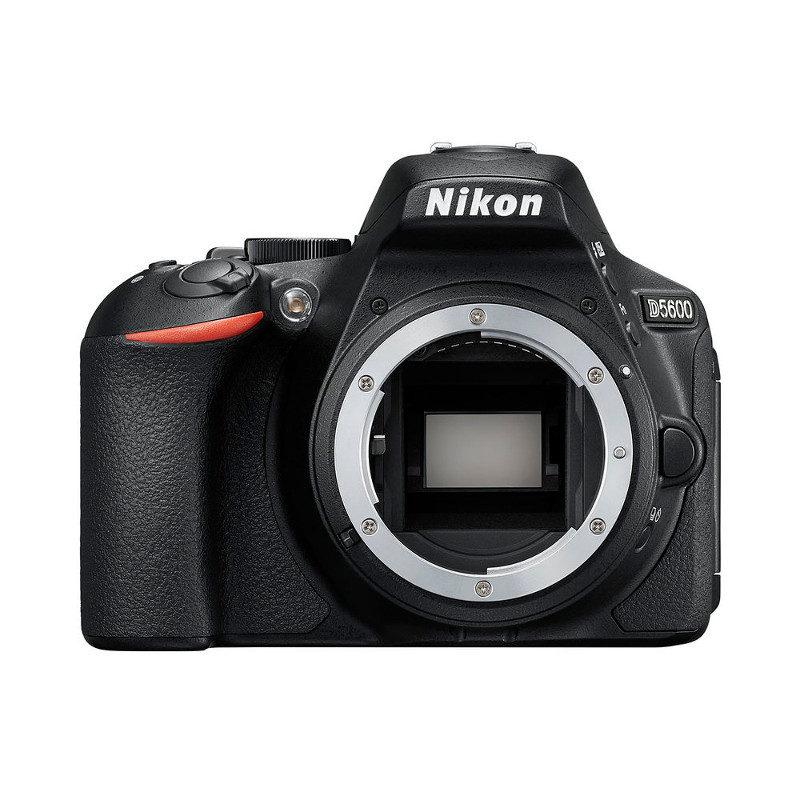 Nikon D5600 DSLR (corpo)