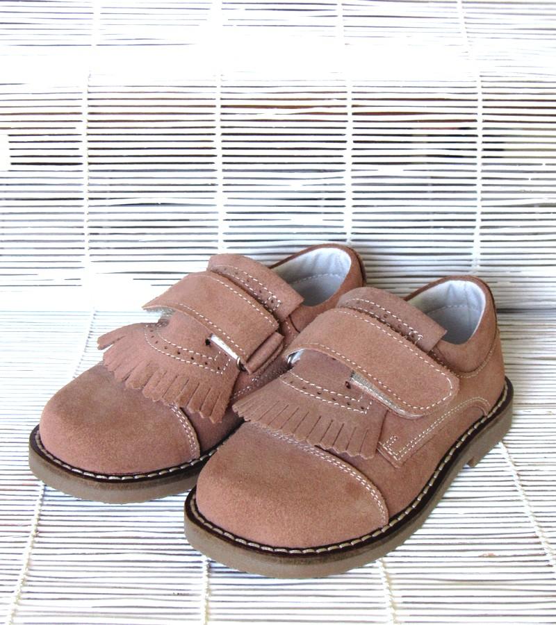 Sapato carneira franja e velcro