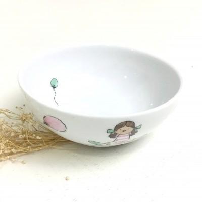 Taça de cereais menina