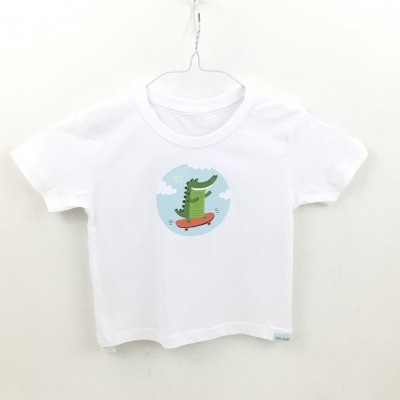 T-shirt crocodilo