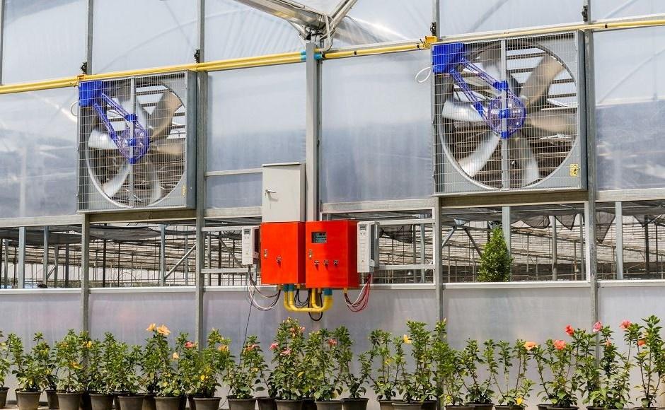Mantener la calidad del aire del invernadero con dispositivos de purificación de aire