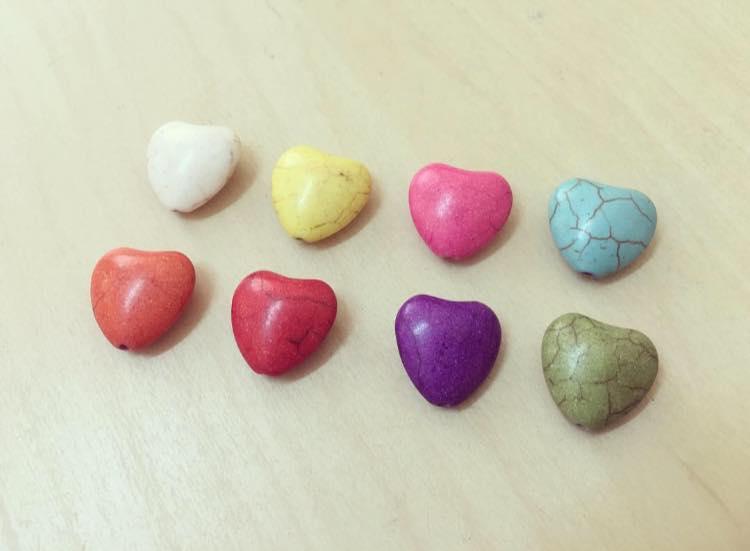 Coração Colorido Howlite