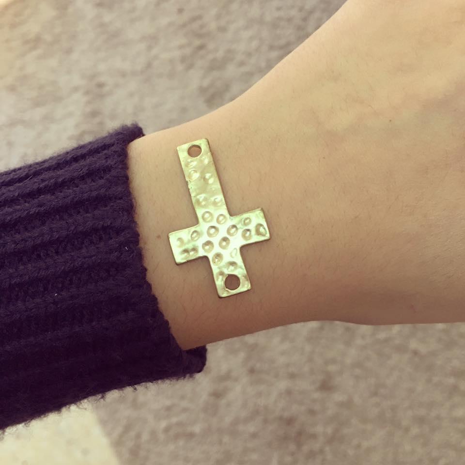 Cruz Martelada Dourada
